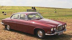 Jaguar Mark X arriving Schaffen-Diest.jpg