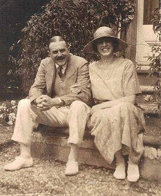 The Bury, Hemel Hempstead - John Hughes Drake and his wife Muriel