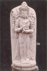 KITLV 87762 - Isidore van Kinsbergen - Hindu-Javanese sculpture comes from Kediri, moved to the Museum of the Batavian Society of Arts and Sciences in Batavia - Before 1900.tif