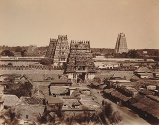 KITLV 92170 - Unknown - Ranganatha temple complex at Srirangam in India - Around 1870.tif