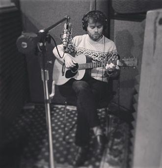 Gabriel Kahane - Kahane in recording studio