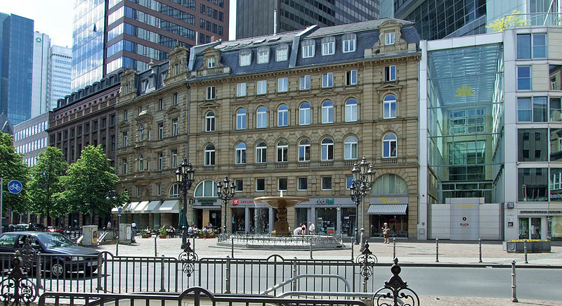800px-Kaiserplatz-ffm002.jpg