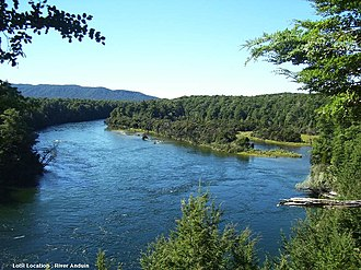 Waiau River (Southland) - Looking out on the Waiau River