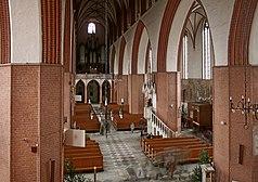 Kwidzyn katedra wn z choru.jpg