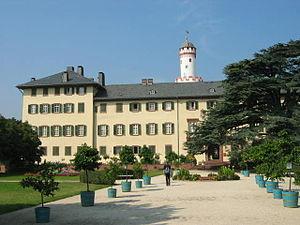 "Bad Homburg vor der Höhe - Landgraves' stately home with park and the Schlossturm (""Weißer Turm"" or ""White Tower""), Bad Homburg's landmark"