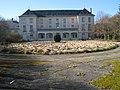 Lavilletertre-chateau-facade-est.jpg