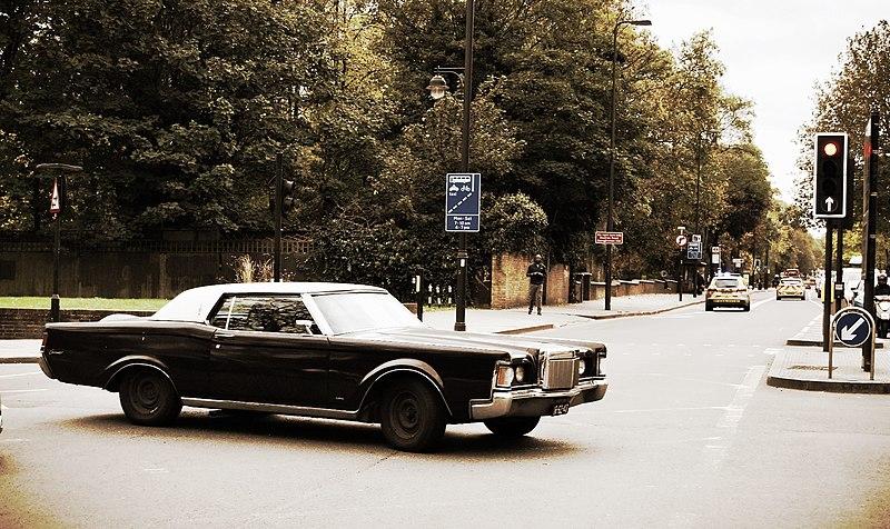 File:Lincoln Continental MkIII. (15666198488).jpg