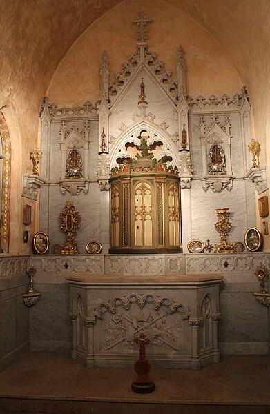 Lodève (Hérault) - cathédrale, chapelle Saint-Fulcran, des reliques.