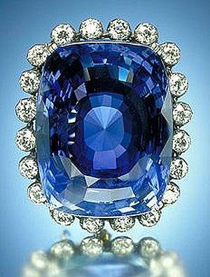 Sapphire - The 423-carat (85 g) blue Logan Sapphire