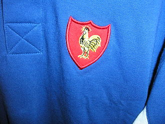 France national rugby union team - The jersey of the French rugby team, with the traditional Gallic rooster symbol