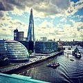 Londencityhallentheshard.JPG