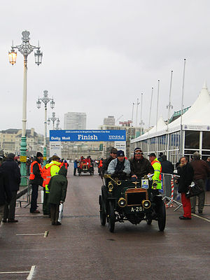 London to Brighton events - Finish line of the London to Brighton Veteran Car Run, 2005