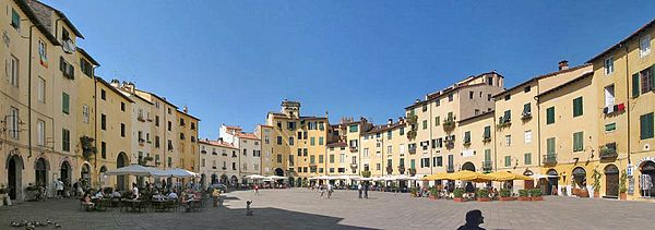 http://upload.wikimedia.org/wikipedia/commons/thumb/b/be/Lucca_z00.jpg/600px-Lucca_z00.jpg