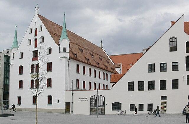Munich Stadtmuseum_4