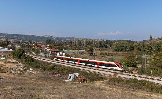 MŽ 411 103 at Zelenikovo Novo.jpg