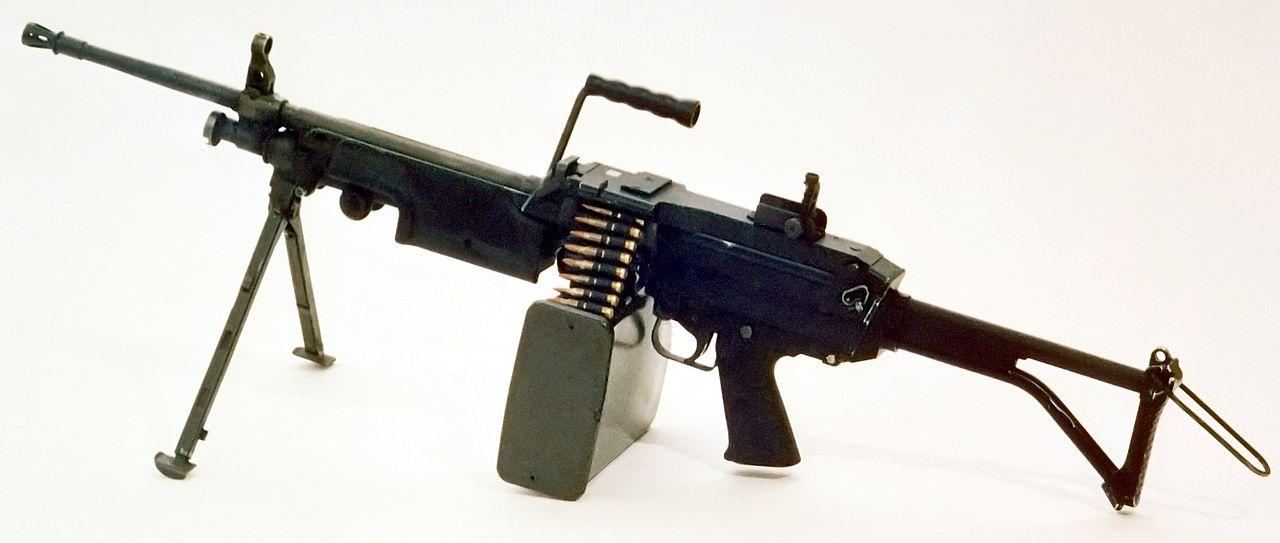 M249 FN MINIMI DA-SC-85-11586 c1.jpg