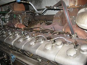 Société Alsacienne de Constructions Mécaniques - MGO V16 BSHR-diesel engine with displacement of 72 litres and power of 1000 kW on Finnish Dv12-class locomotive