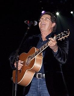 Mac Davis American songwriter, singer and actor