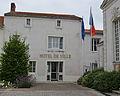 Machecoul - Hotel de Ville.jpg