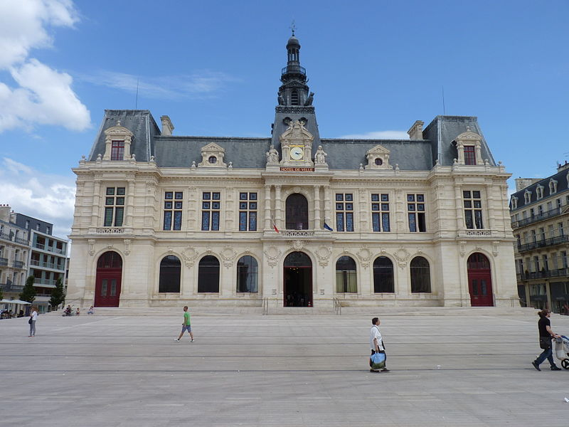 Hotel  Ef Bf Bd Poitiers Centre Ville