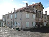 Mairie de Mauzun.jpg
