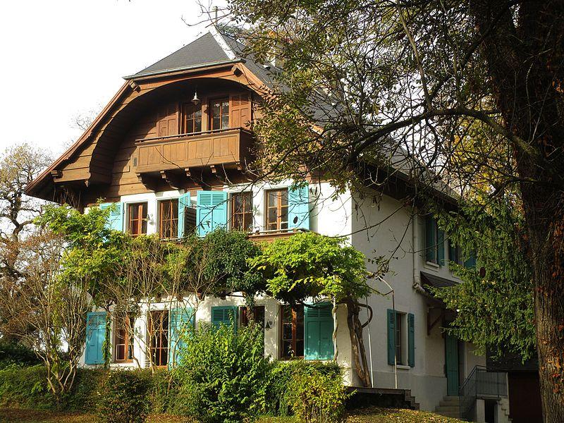 Fichier maison aux iris challes les eaux for Aux maisons maison les chaources