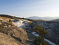 Mammoth Hot Springs (29425748861).jpg