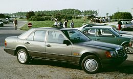 Mercedes Benz W 124 in Italia.jpg