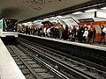 Metro Paris - Ligne 6 - station Trocadero 02.jpg