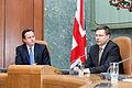Ministru prezidenta Valda Dombrovska tikšanās ar Apvienotās Karalistes Ministru prezidentu Deividu Kameronu (8514463193).jpg
