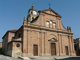 Parish church of San Vincenzo.