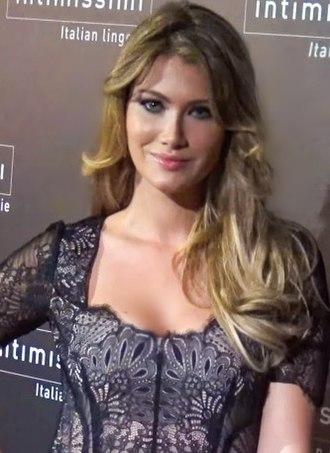Miss World 2015 - Image: Mireia Lalaguna (2)
