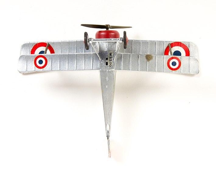 File:Model aeroplane, bi-plane (AM 789801-6).jpg