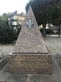Monument Saint-Cyr.jpg
