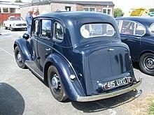 Morris 12 series III Sixlite Saloon 1938 model (14679099216).jpg