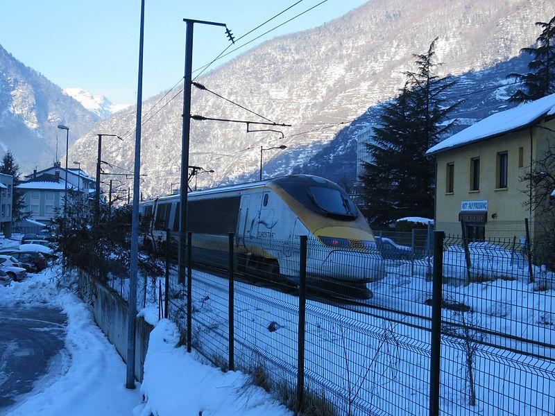 File:Moutiers - ligne chemin de fer - janvier 2015 (6).jpg