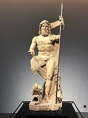 Statue fontaine de Neptune