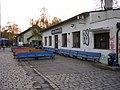 Nádraží Praha-Braník, lavičky.jpg