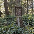Nabij de Lourdesgrot, kruiswegstatie nummer 5 - Steijl - 20342031 - RCE.jpg