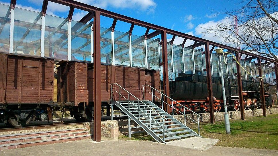 Naujoji Vilnia train station 4