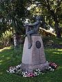 Nils Kjær statue in Holmestrand.jpg
