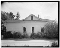 North facade; view to south; 65mm lens. - Warner Hutton House, 13495 Sousa Lane, Saratoga, Santa Clara County, CA HABS CAL,43-SARA,6-3.tif