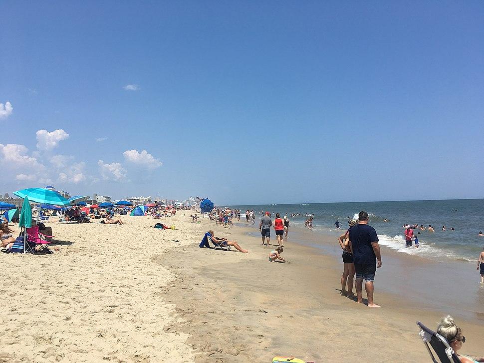 Ocean City MD beach looking north at Somerset Street.jpeg