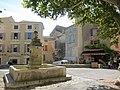 Old Fountain - Gordes - panoramio.jpg