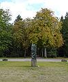 Ossip Zadkine Skulptur - Die Gefangenen (1).jpg