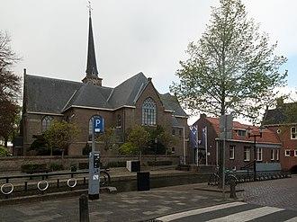 Oud-Beijerland - Oud-Beijerland, church (de Dorpskerk) and tower