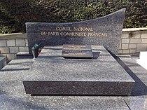 Père-Lachaise - Division 97 - PCF 01.jpg