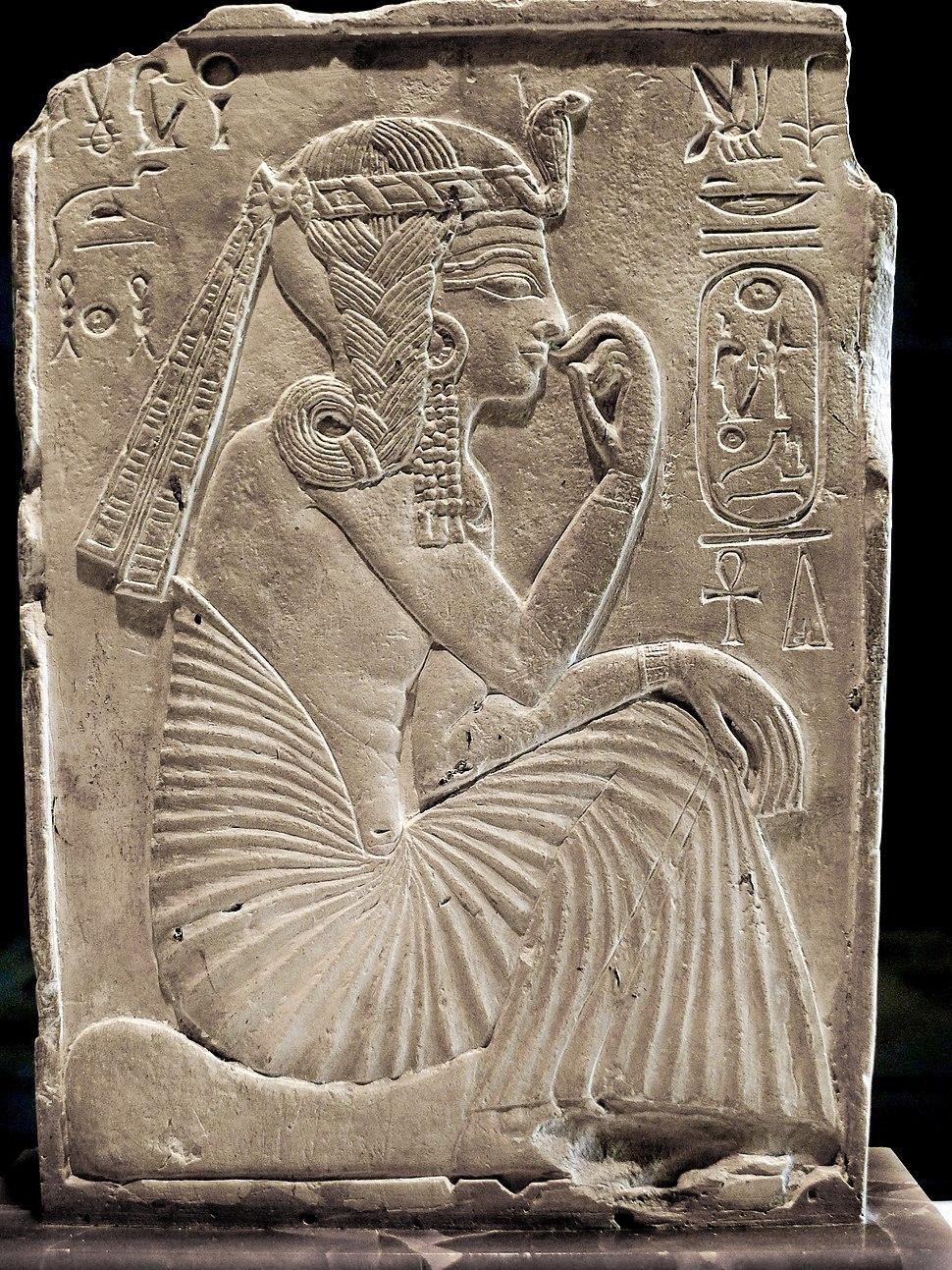 P1200394 Louvre Ramses II enfant N522 rwk