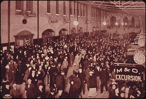 Union Station (St. Louis) - Station interior in 1895.