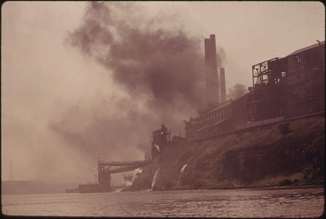 file pollution from the jones and laughlin steel corporation plant at aliquippa  pennsylvania